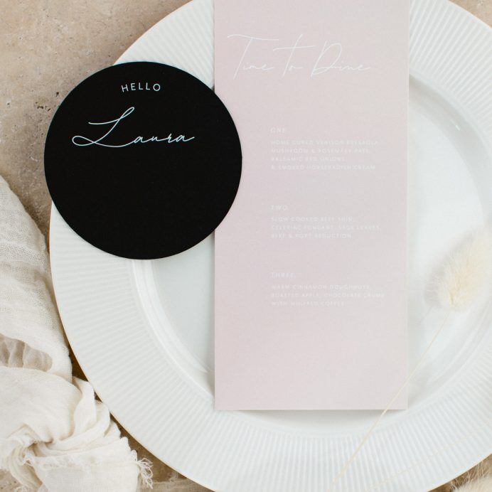 Arch Script wedding menu with circle guest place name
