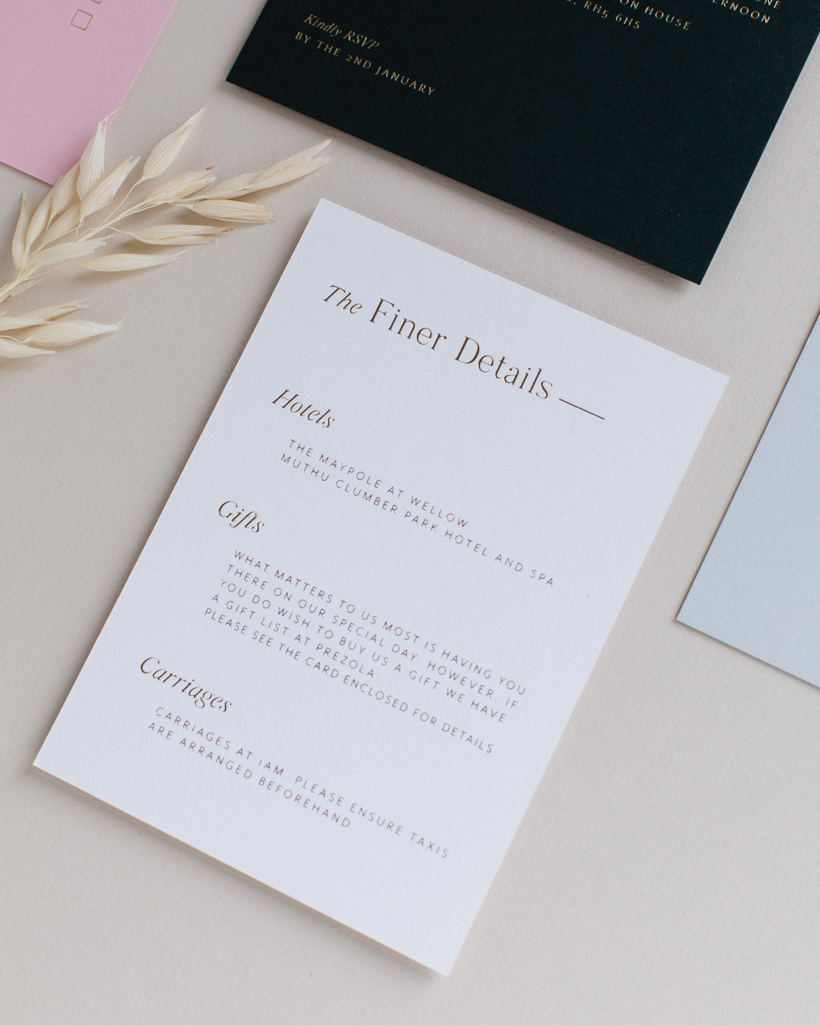 Refined gold details card in white with gold foil print